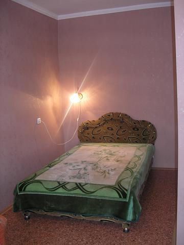 1-комната, Сдам 1 комнатную квартиру посуточно Днепропетровск Красный Камень